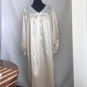 Vintage Oscar de la Renta lingerie long gown. Sz M
